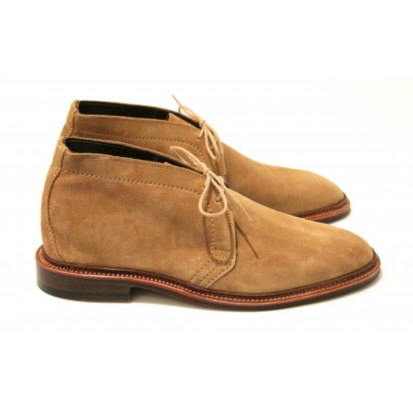 On aime la boots 1494 de chez Alden à 649 €