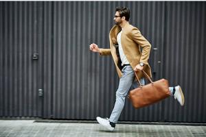 Quel sac homme choisir et comment le porter?