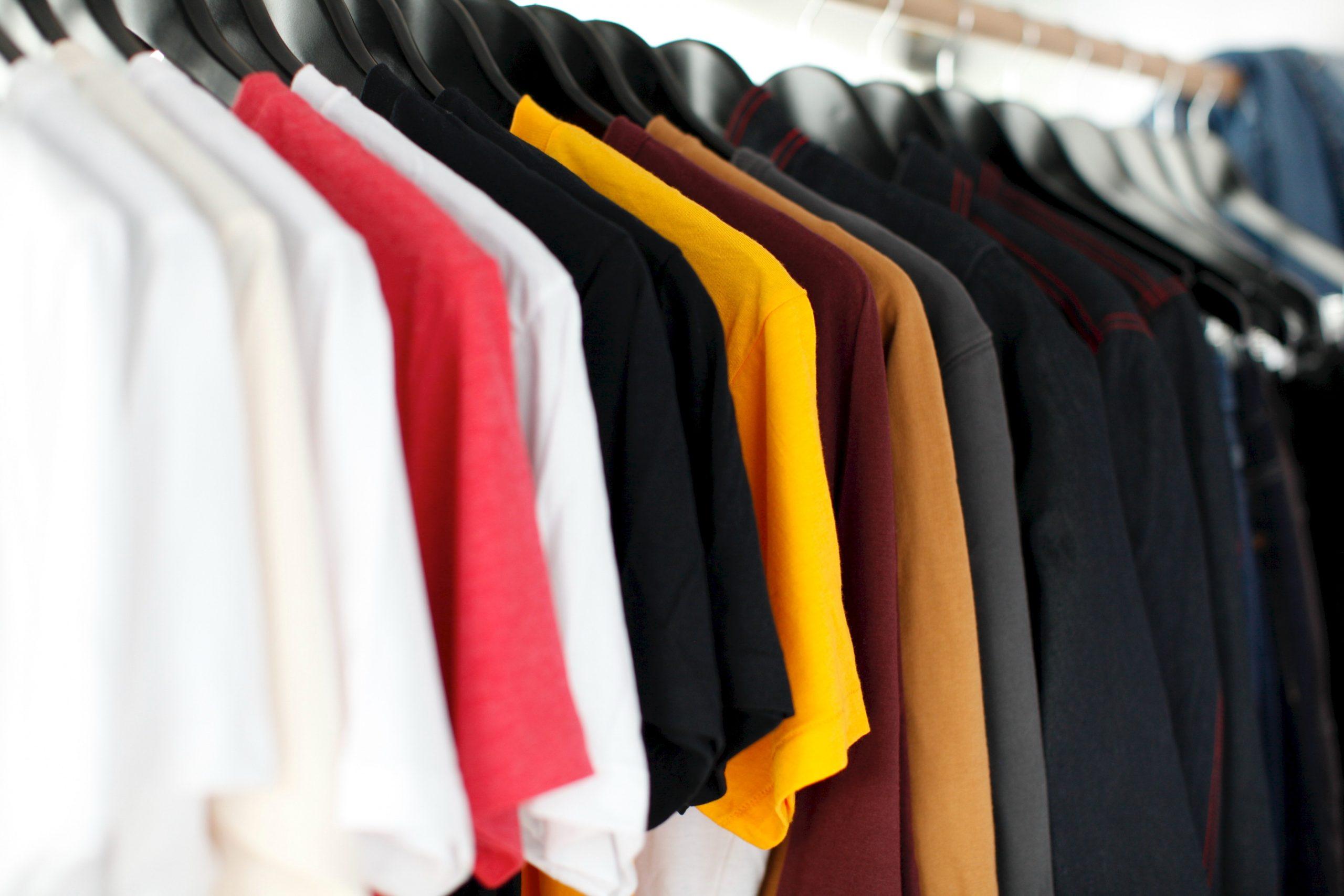 Que faire avec vos vieux vêtements?